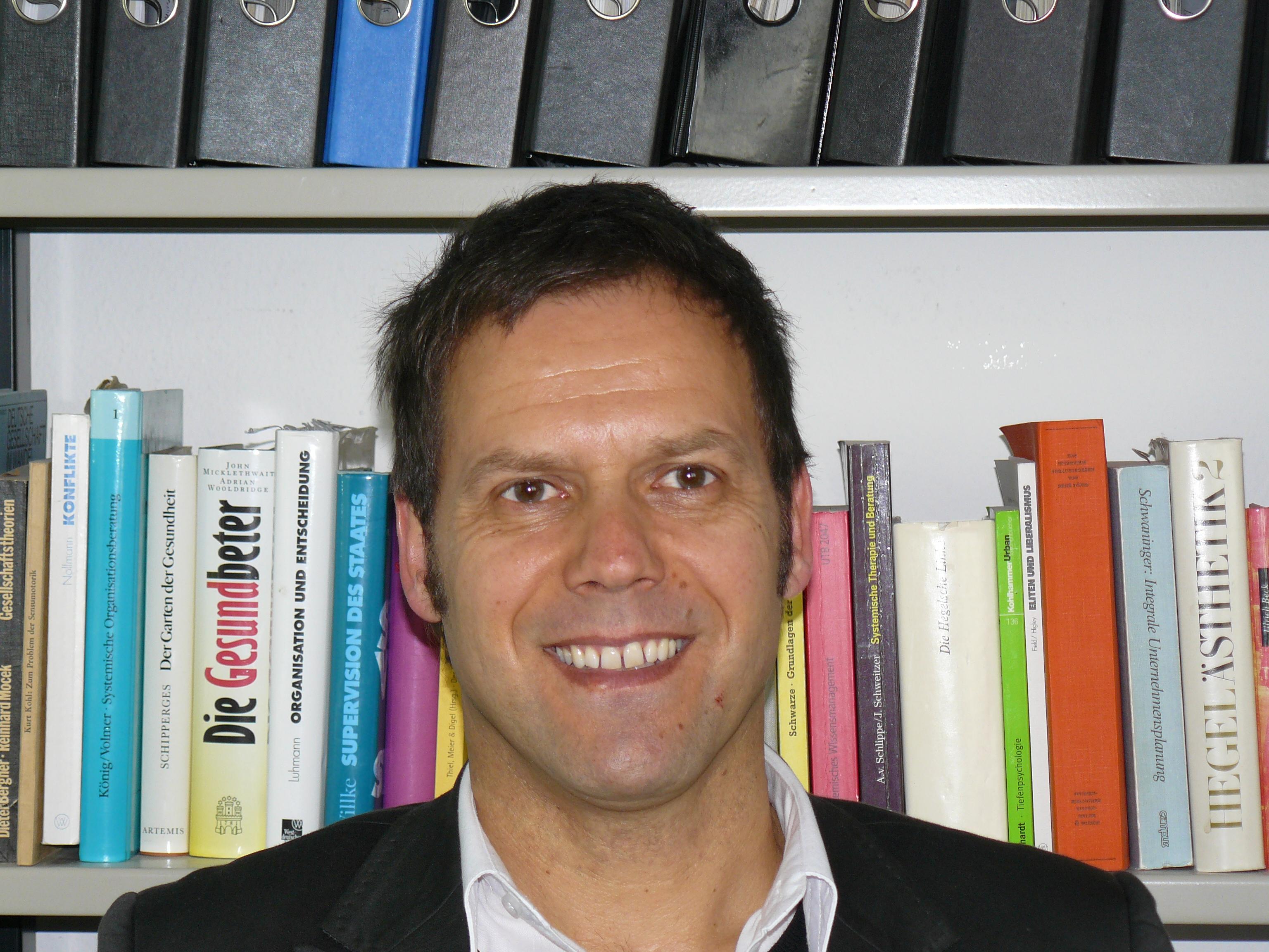 Kooperation mit Universität Tübingen hier Prof. Dr. Ansgar Thiel