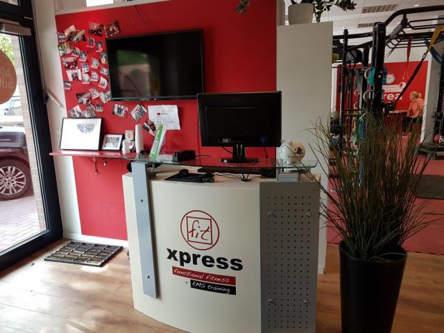 Standort - Hamburg - Fitxpress